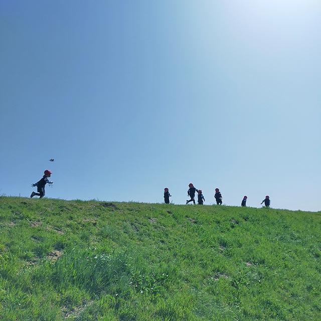画像:大山保育園 園外保育の様子